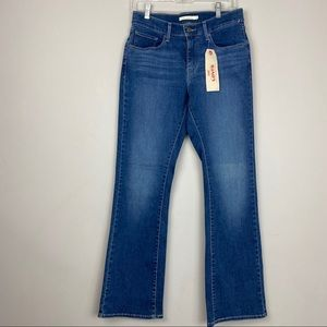 NWT Levi Strauss Curvy Bootcut Jeans Sz 30